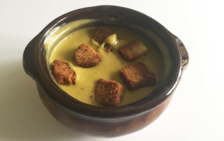 vegan broccoli cheddar soup